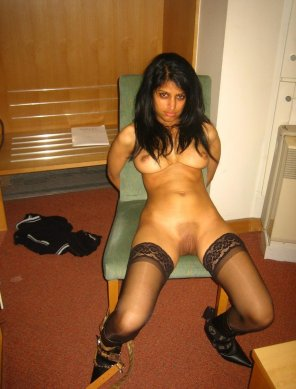 amateur photo Sexy Middle Eastern girl