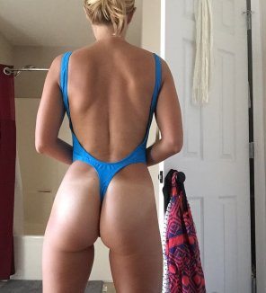 amateur photo MILF Booty