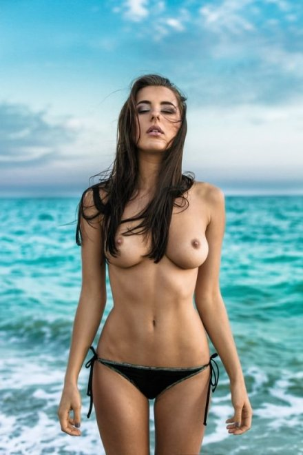 Ocean breeze Porn Photo