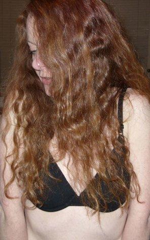 amateur photo Ginger bra