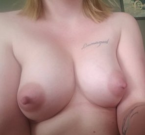 amateur photo Mom boobs get'll like this when I'm [f]ucking high :)