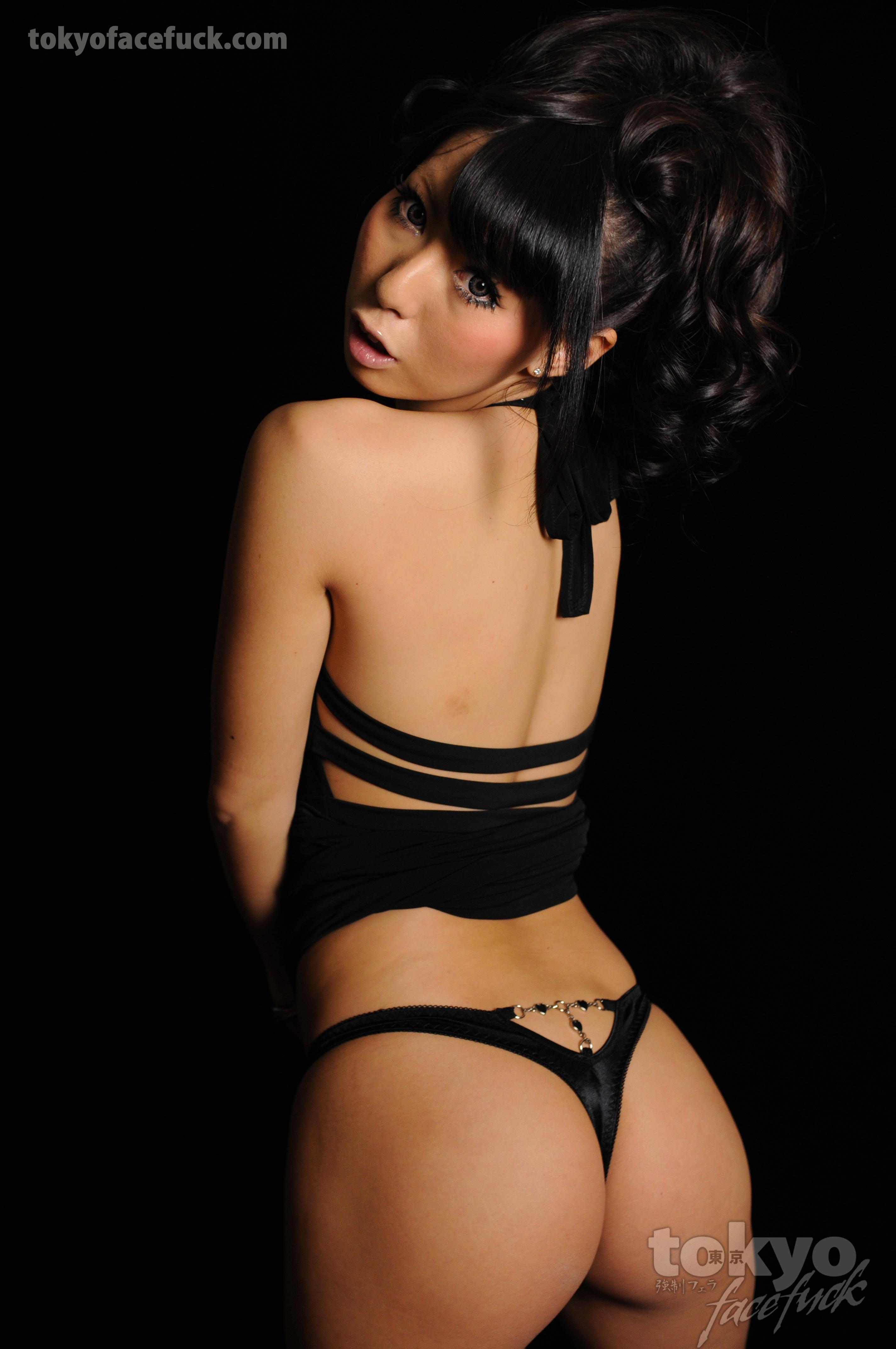 Black And Japanese Porn - Japanese model in a black thong Porn Pic - EPORNER