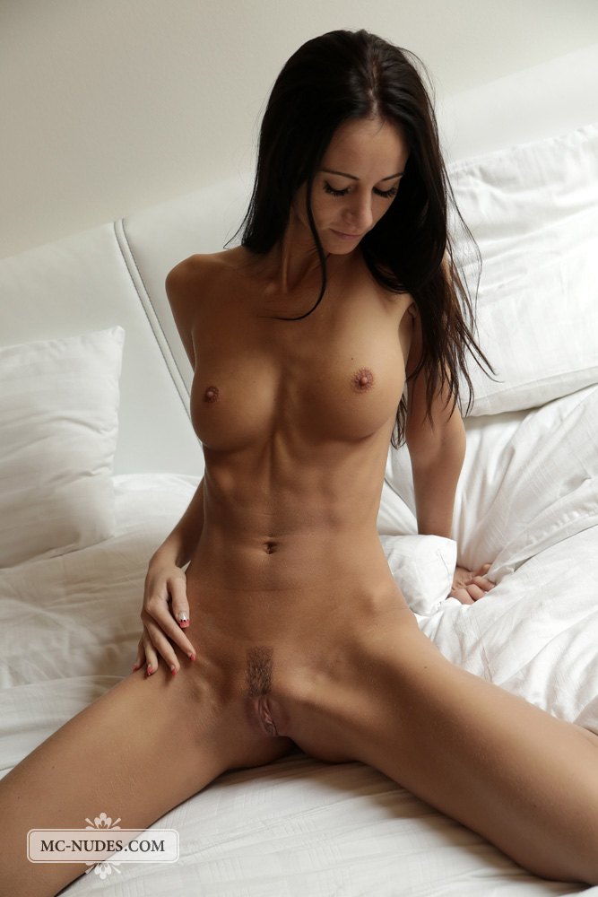 Evelyn Neill Anal