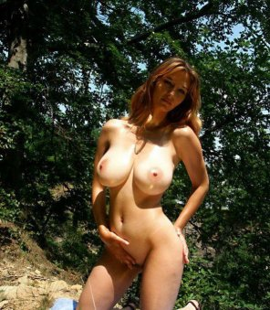amateur photo Nature Lover MILF