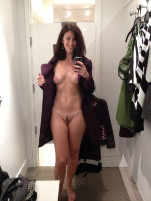 amateur photo Changing room pic