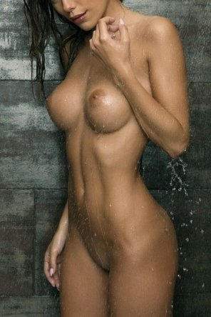 amateur photo Shower does the body good