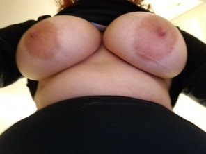 amateur photo Wife's big soft tits