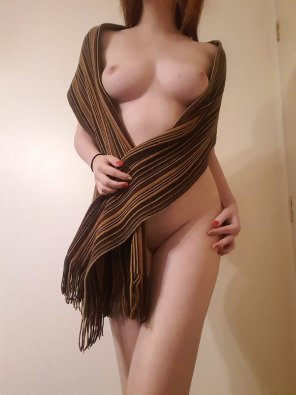 amateur photo It's getting cold outside, make sure to take your scar[f] to keep you warm! ;)