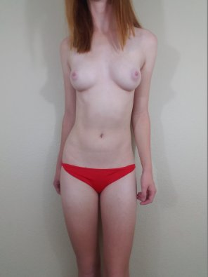 amateur photo Red Panties [F]