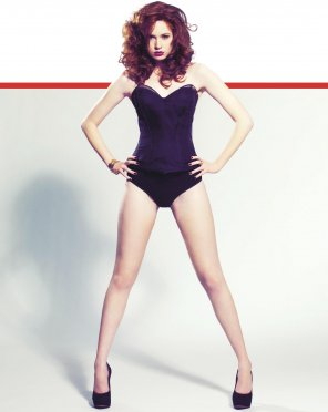 amateur photo Karen Gillan, pouting and with legs dialed up to 11