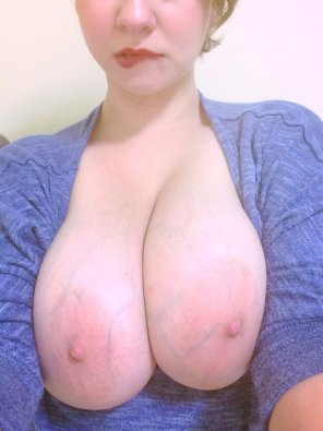 amateur photo Hypnotizing boobs [album in comments]