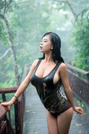 amateur photo Rain-soaked hottie