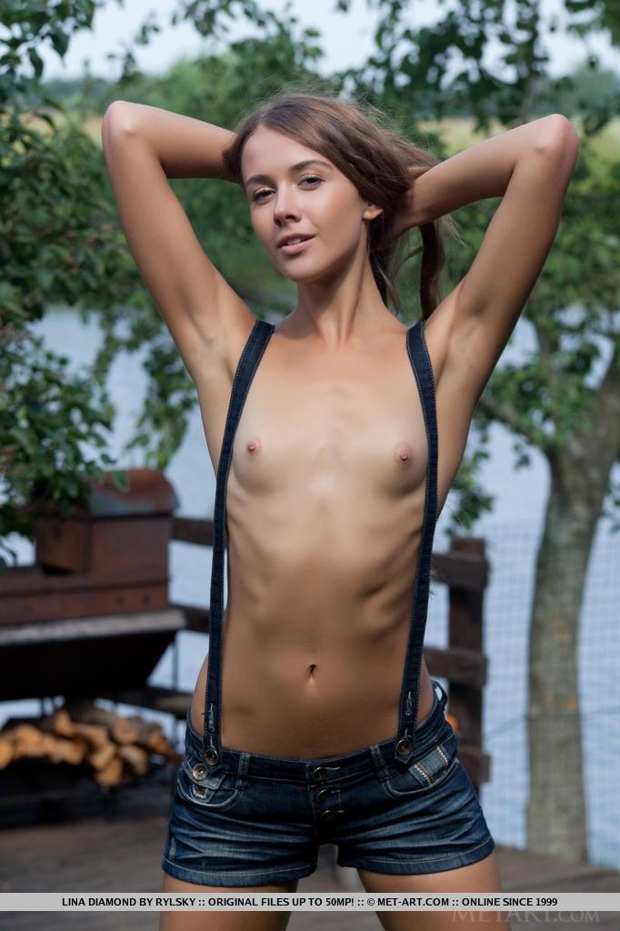 Lina Diamond Anal