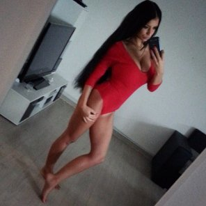 amateur photo In her red body
