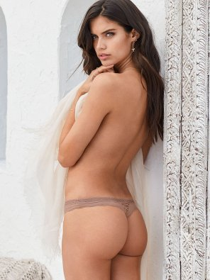 amateur photo Sara Sampaio