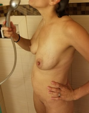 amateur photo Wife posing in shower