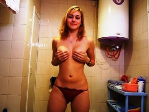 amateur photo That hand bra