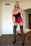 amateur photo Red and black