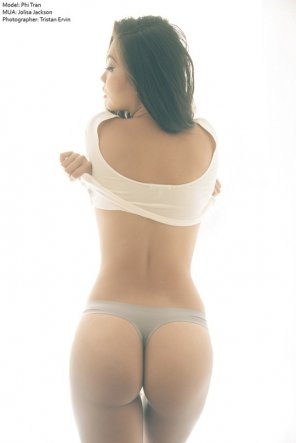 amateur photo Grey thong