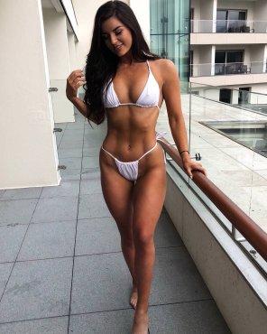 amateur photo Bikini