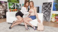 When Ani and Kiki visited a private gallery�