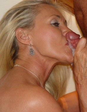 amateur photo Horny Milf