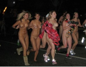 amateur photo Girls streaking down the street