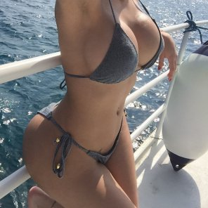 amateur photo Chilling on a boat