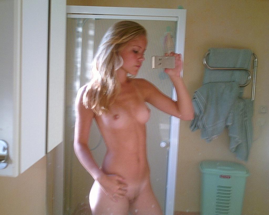 Curly Blonde Teen Amateur