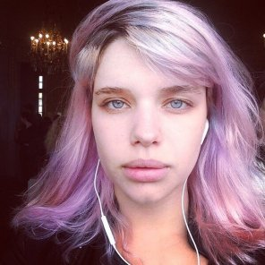 amateur photo pinkish hair and bright eyes