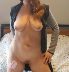 amateur photo Feeling a little frisky today...[44f]