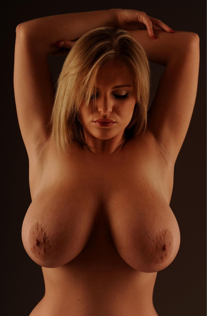 best amateur big hangers nude