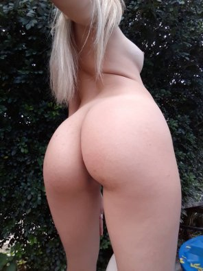 amateur photo Outdoor booty