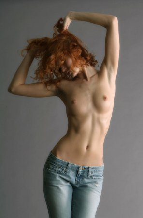 amateur photo Topless in jeans is so sexy