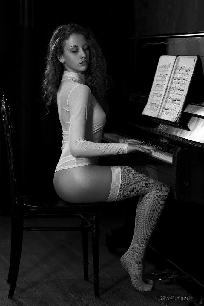 Piano Porn