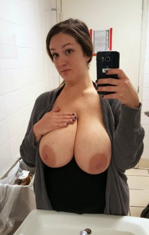 amateur photo Holy tits