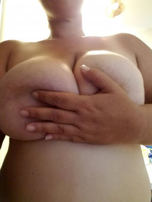 amateur photo More than a handful