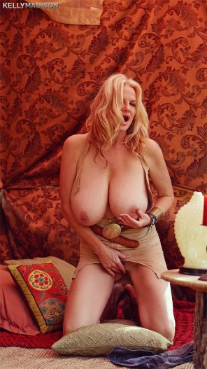 "amateur photo Kelly Madison did this new scene titled ""Cuntchella"""