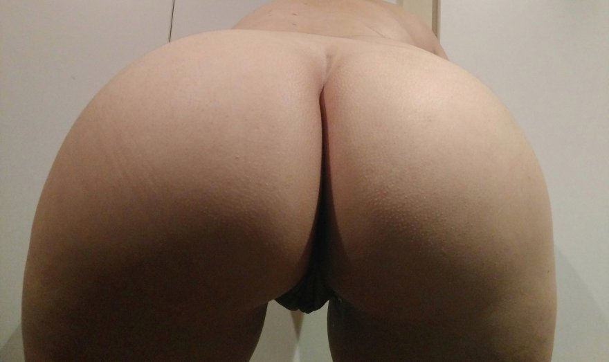 Original ContentJust having a really good ass day today, it'd be unfair for me not to share, right? 😝🍑 Porn Photo
