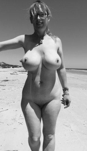 amateur photo Pert nipples...