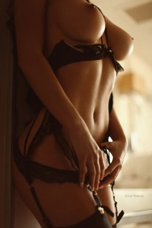 amateur photo Lingerie Queen
