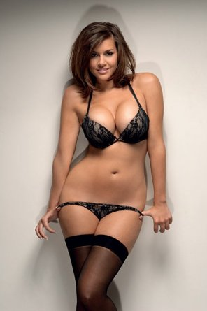 amateur photo Black lacy number