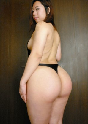 amateur photo Yumi Kazama-Thickasian