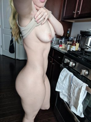 amateur photo I ruined dinner, can you eat this 🍑 instead? [OC]