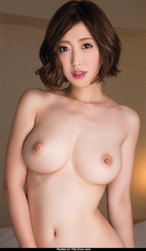 amateur photo Lovely Asian babe...