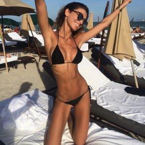 amateur photo bikini clad boobs