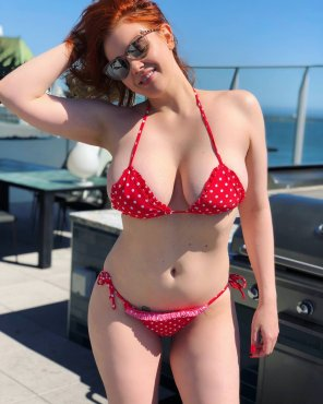 amateur photo Maitland Ward in dotted bikini