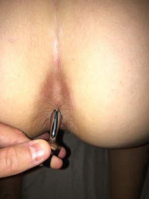 amateur photo Wearing her favorite plug. Bonus in the comments.