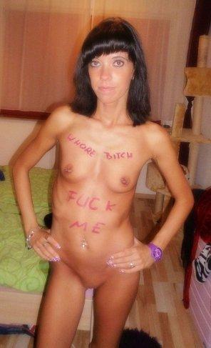 amateur photo Slavegirl Tina