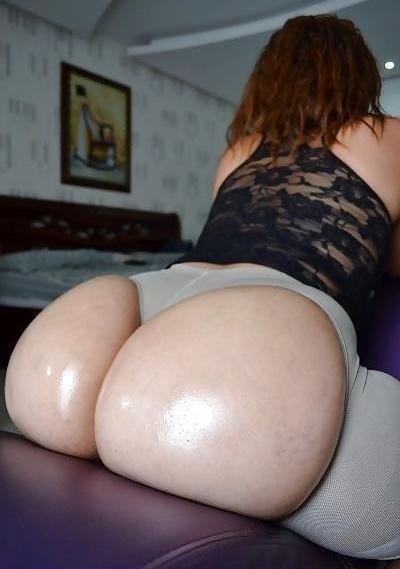 Good Lawd, Assless leggins! Porn Photo